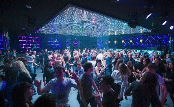 Ночные клубы в волгограде тантра видео голы девушки в ночных клубах