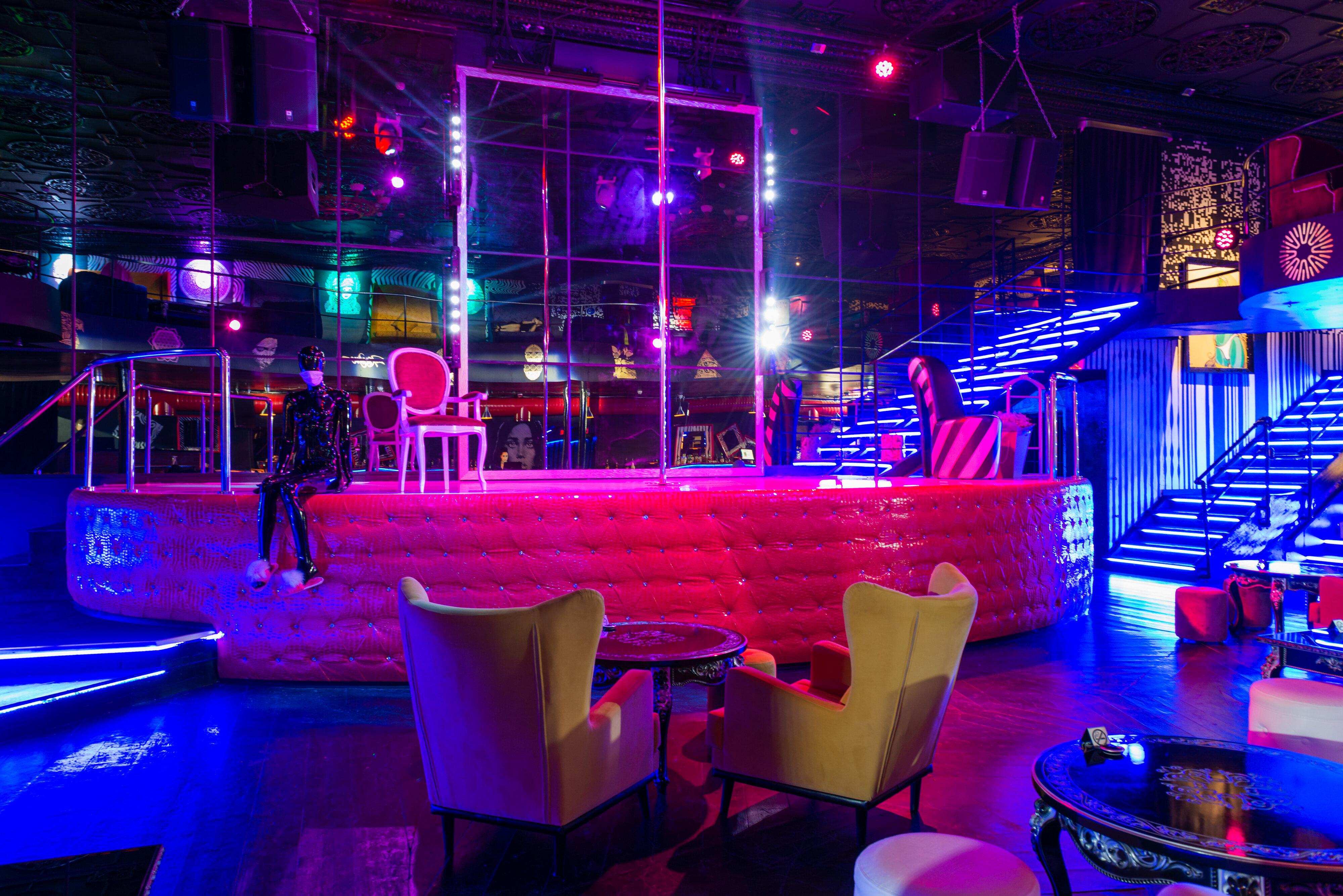 Стрип клуб на баррикадной текильщица это в ночном клубе