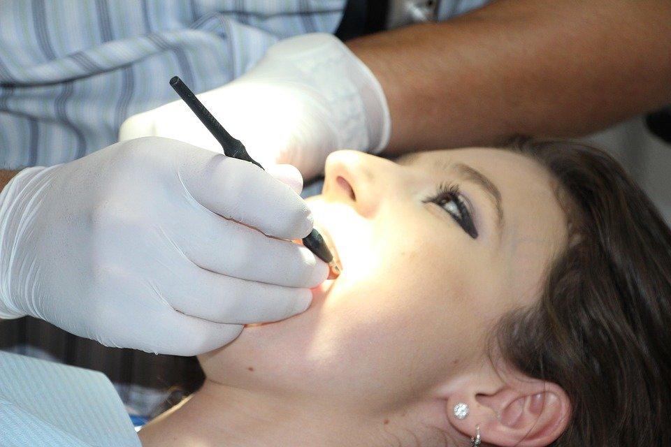 Зубы лечение реставрация химическое пломба