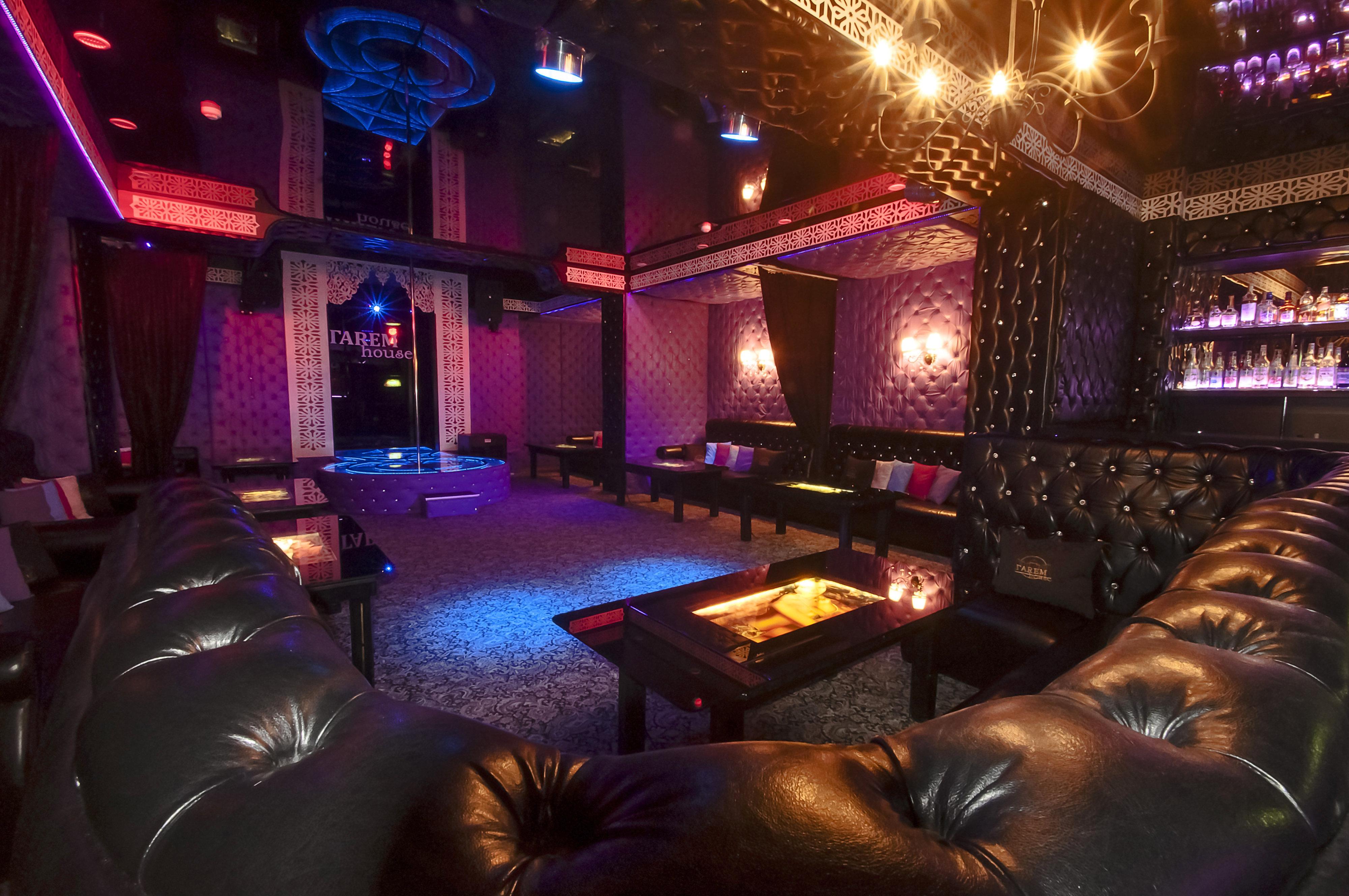 Ночной клуб тюмень дискотека самый большой ночной клуб красноярска