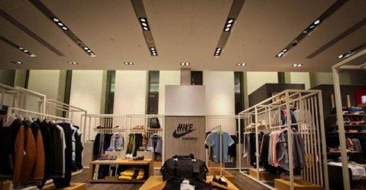 Фирменный магазин Nike в ТЦ TSVETNOY Central Market - отзывы, фото, каталог  товаров, цены, телефон, адрес и как добраться - Одежда и обувь - Москва -  Zoon. ... 264177bec21