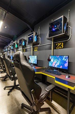 Компьютерный клуб колизей москва клубы по фланкировке в москве