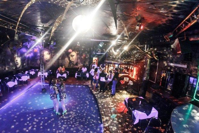 Ночной клуб в калининграде атлантика стриптиз в клубе фото и видео