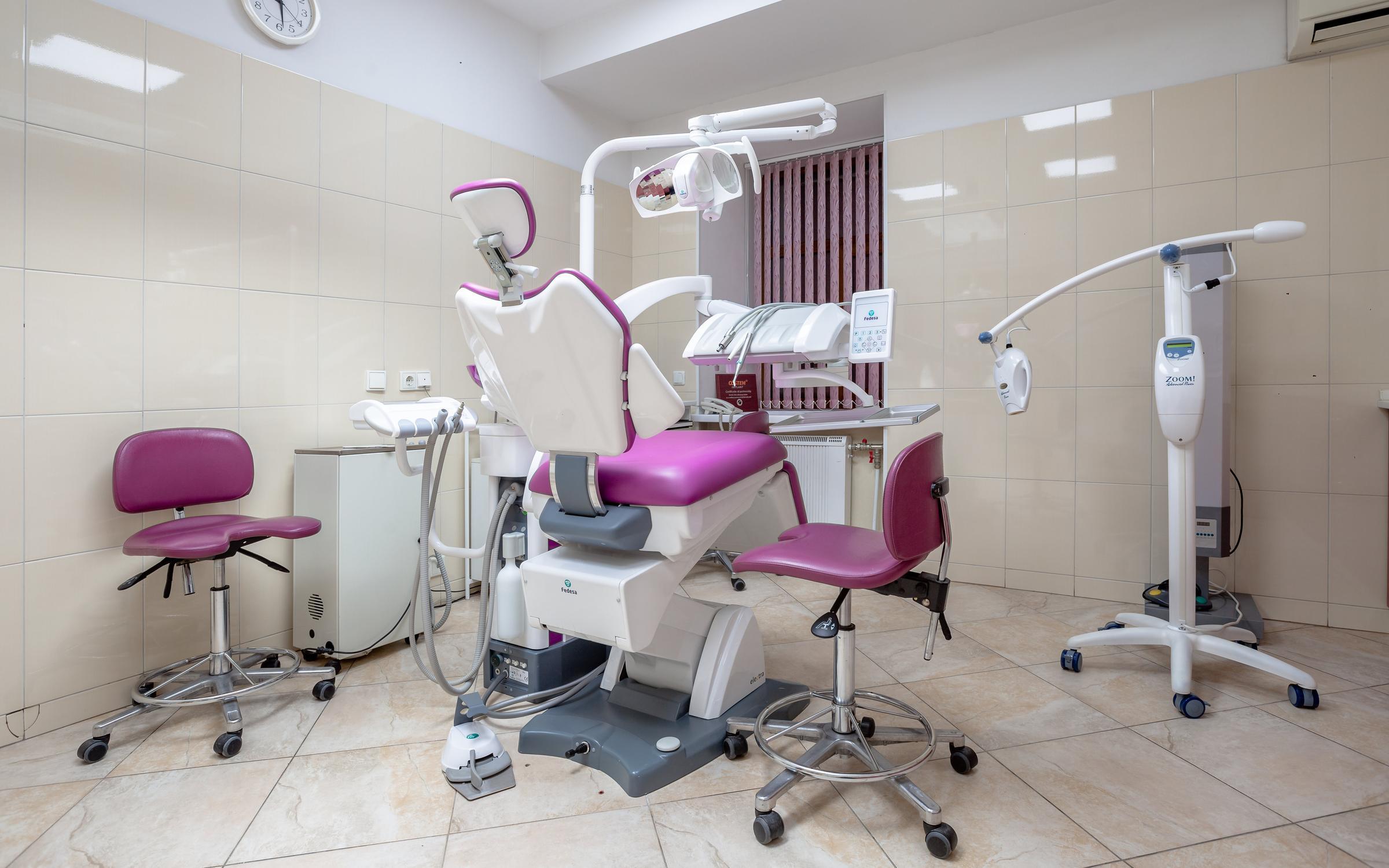 фотография Центра имплантации и стоматологии Красивые зубки на метро Владимирская
