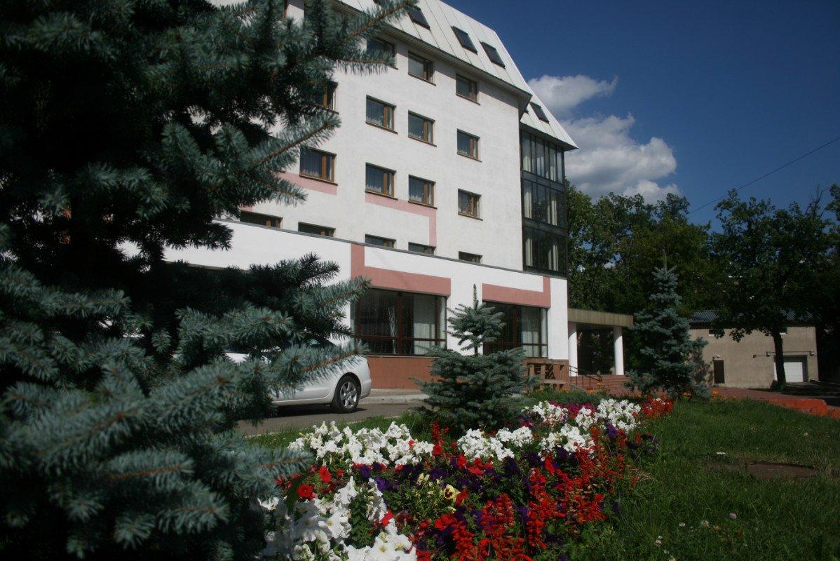 фотография Гостинично-спортивный комплекс Луч в Перово