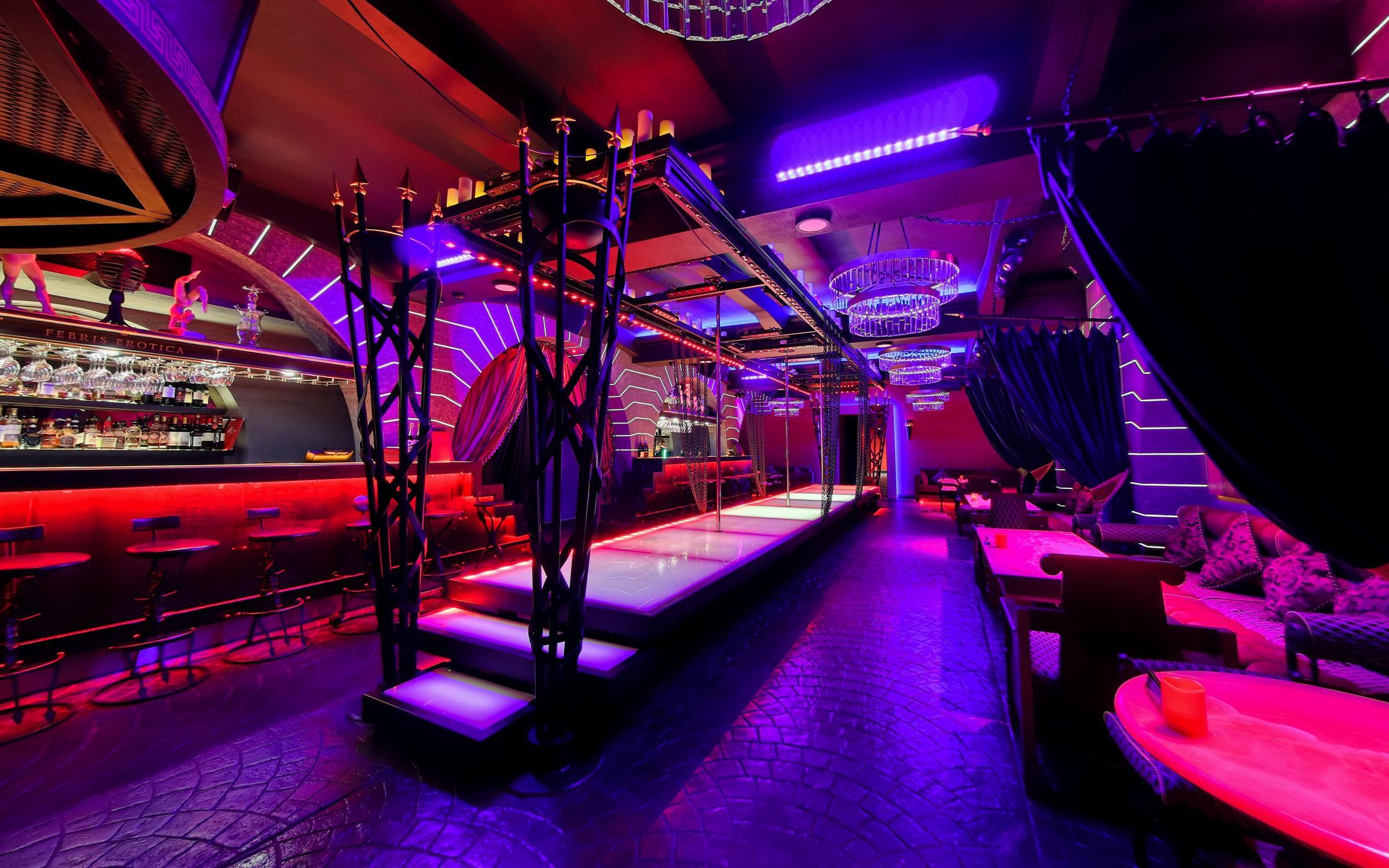 фотография Стриптиз-клуба Maximus на Большой Морской улице