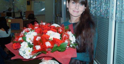 Супермаркет цветов и подарков на комсомольской