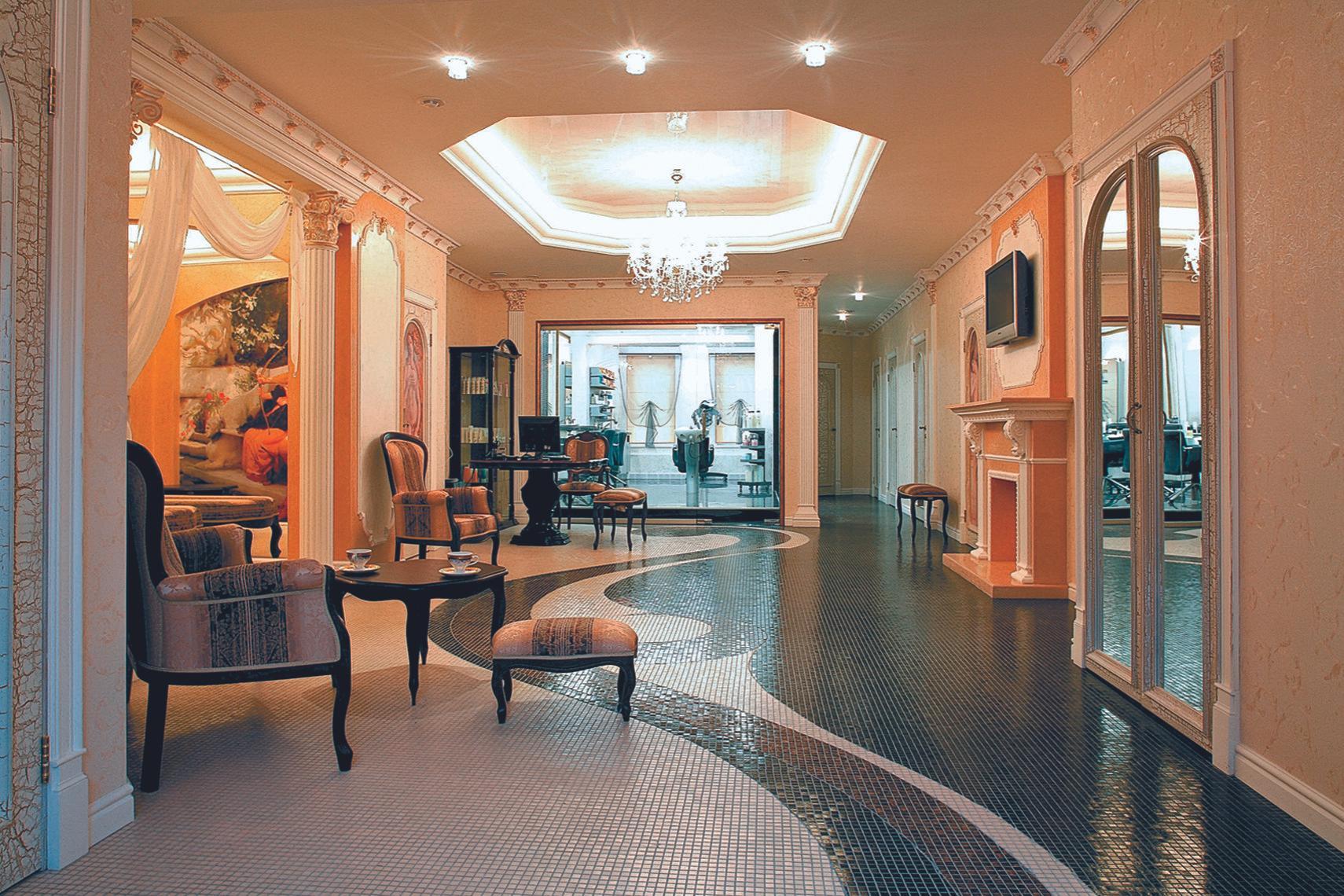 фотография Клуба красоты Версаль на улице Костина