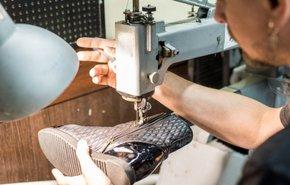 фотография Услуги по пошиву и ремонту обуви
