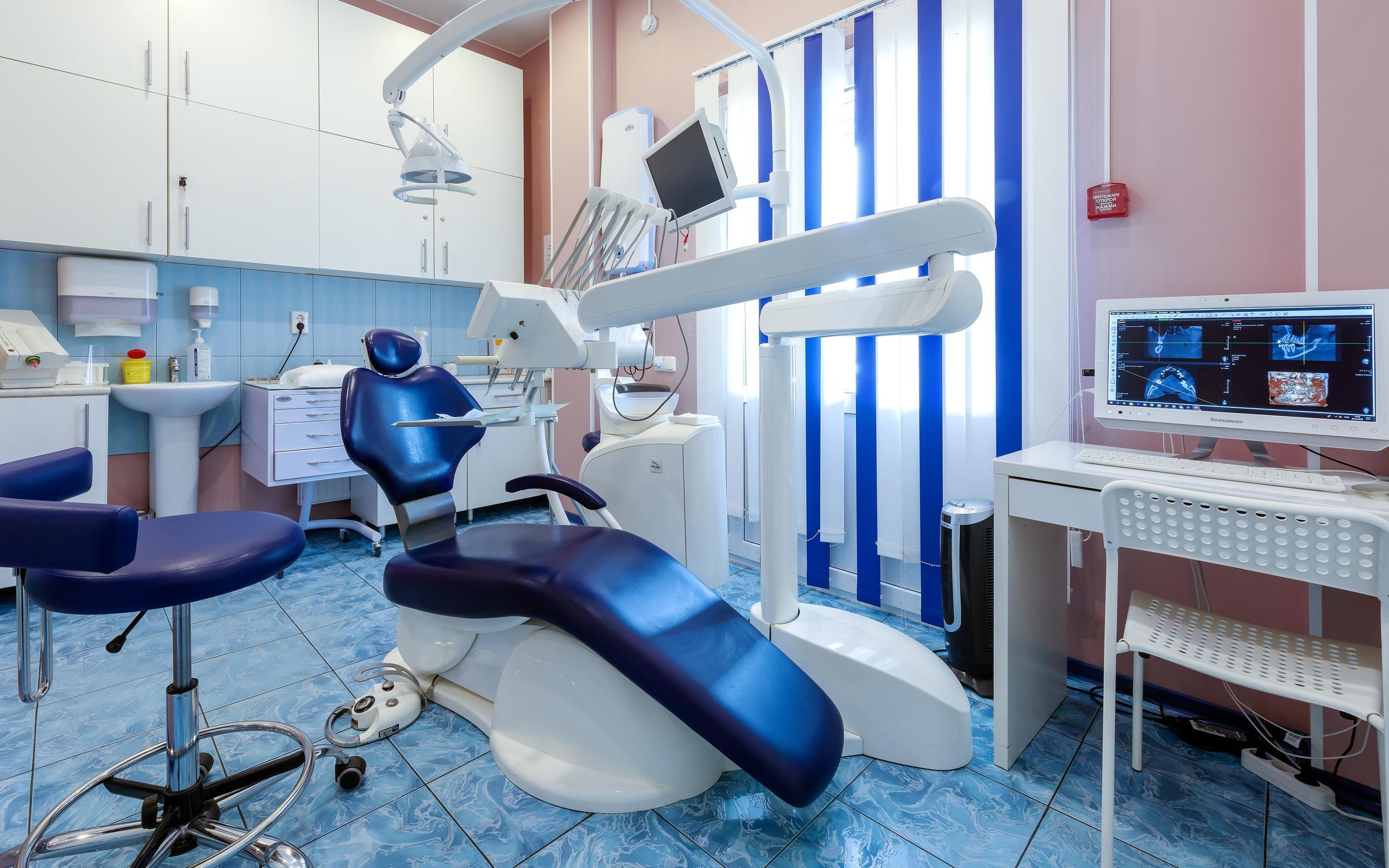 фотография Стоматологической клиники Стом Холл на Ленинском проспекте