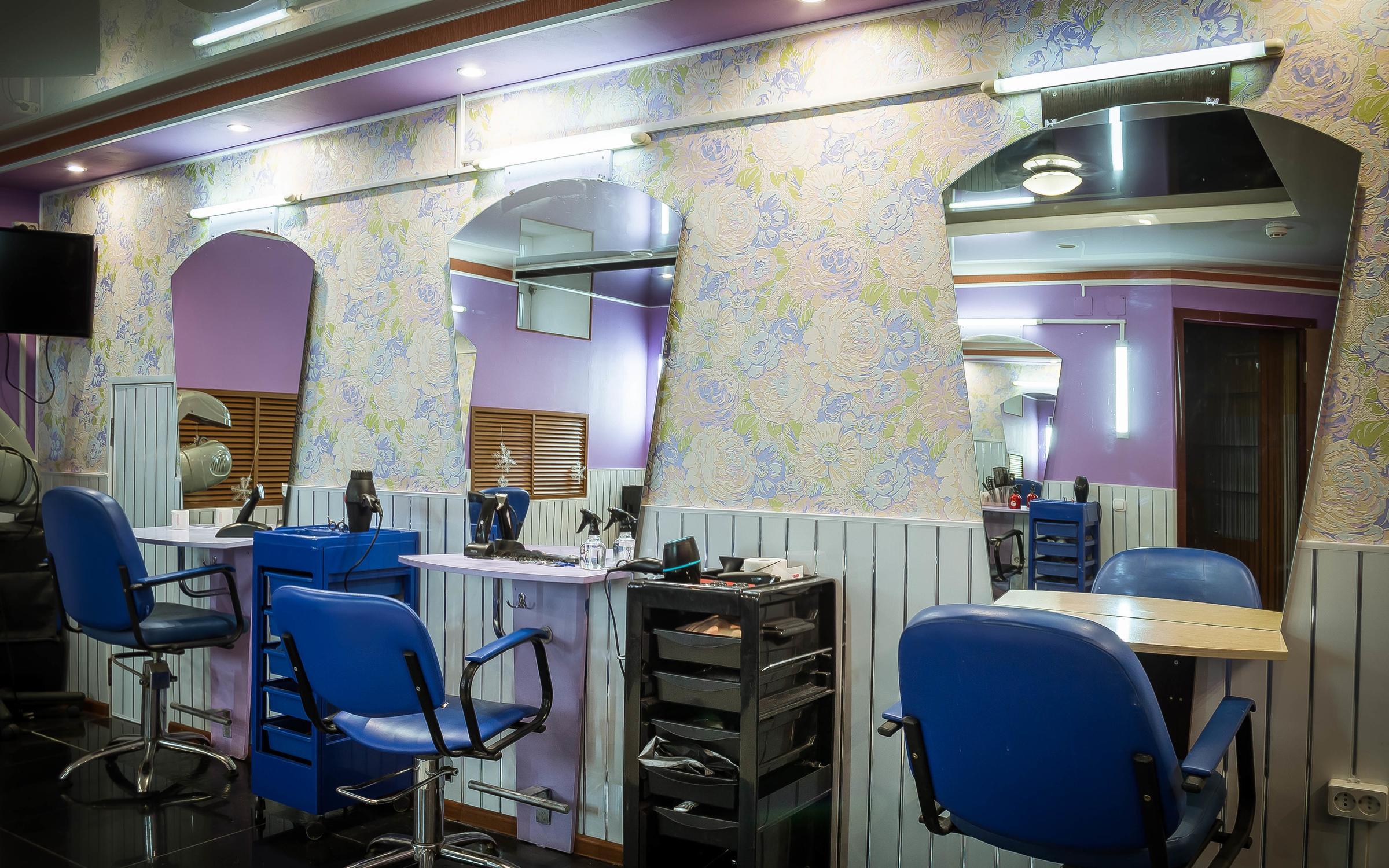 фотография Салона-парикмахерской ИМПЕРИЯ КРАСОТЫ на улице Гусева, 39б