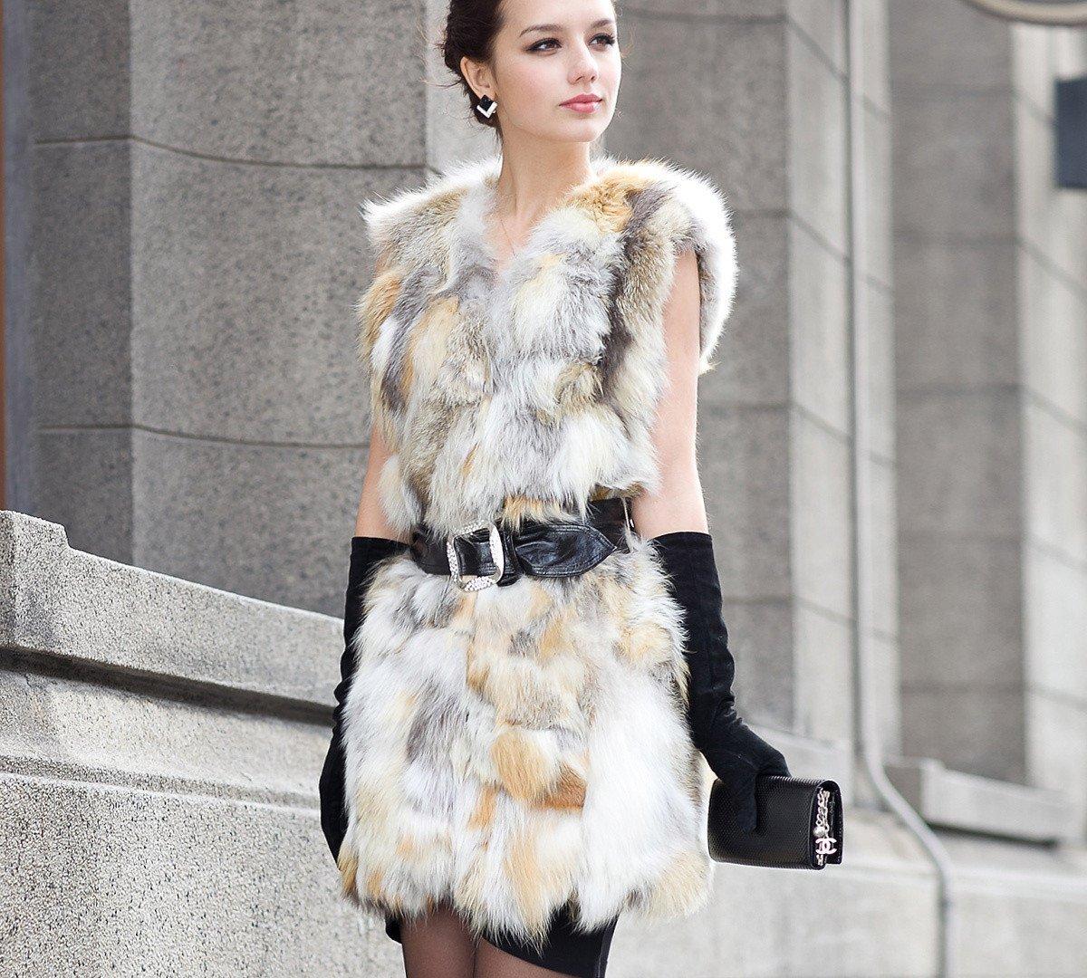 Меховые жилетки и мода фото