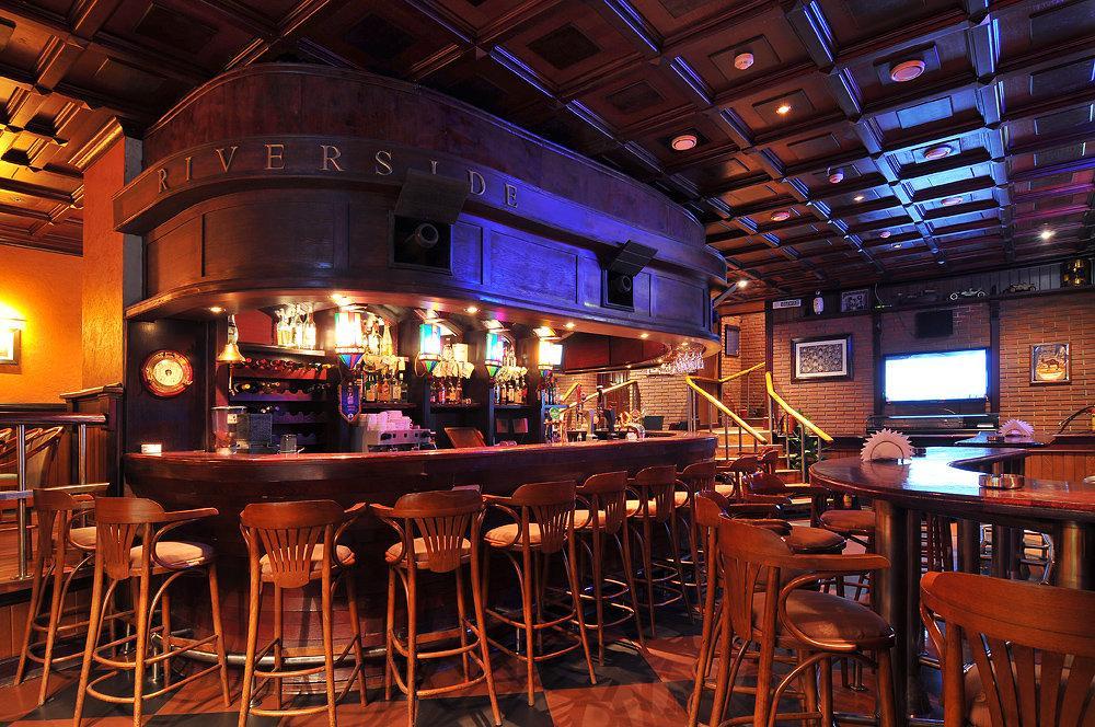 фотография Ресторана & бара River Side на метро Выставочная