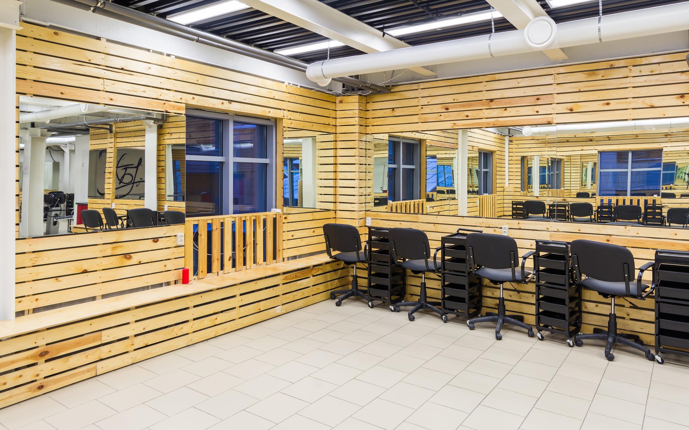 фотография Школы парикмахерского искусства Кристины Быковой на проспекте Мира
