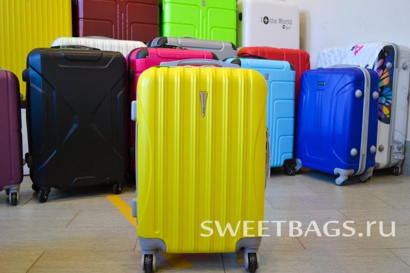 16f7aa880e87 фотография Магазина сумок и чемоданов Sweetbags на Каменноостровском  проспекте