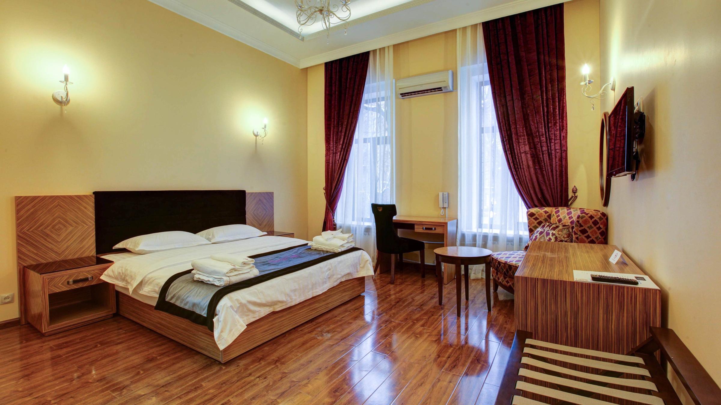фотография Отеля Sleepy Tom в Старопименовском переулке