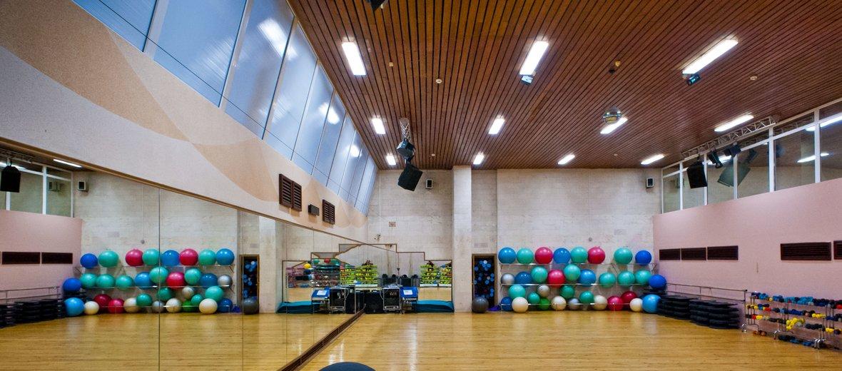 Большой каталог фитнес центров и клубов москвы - с бассейнами и банями, премиум класса и бюджетные.