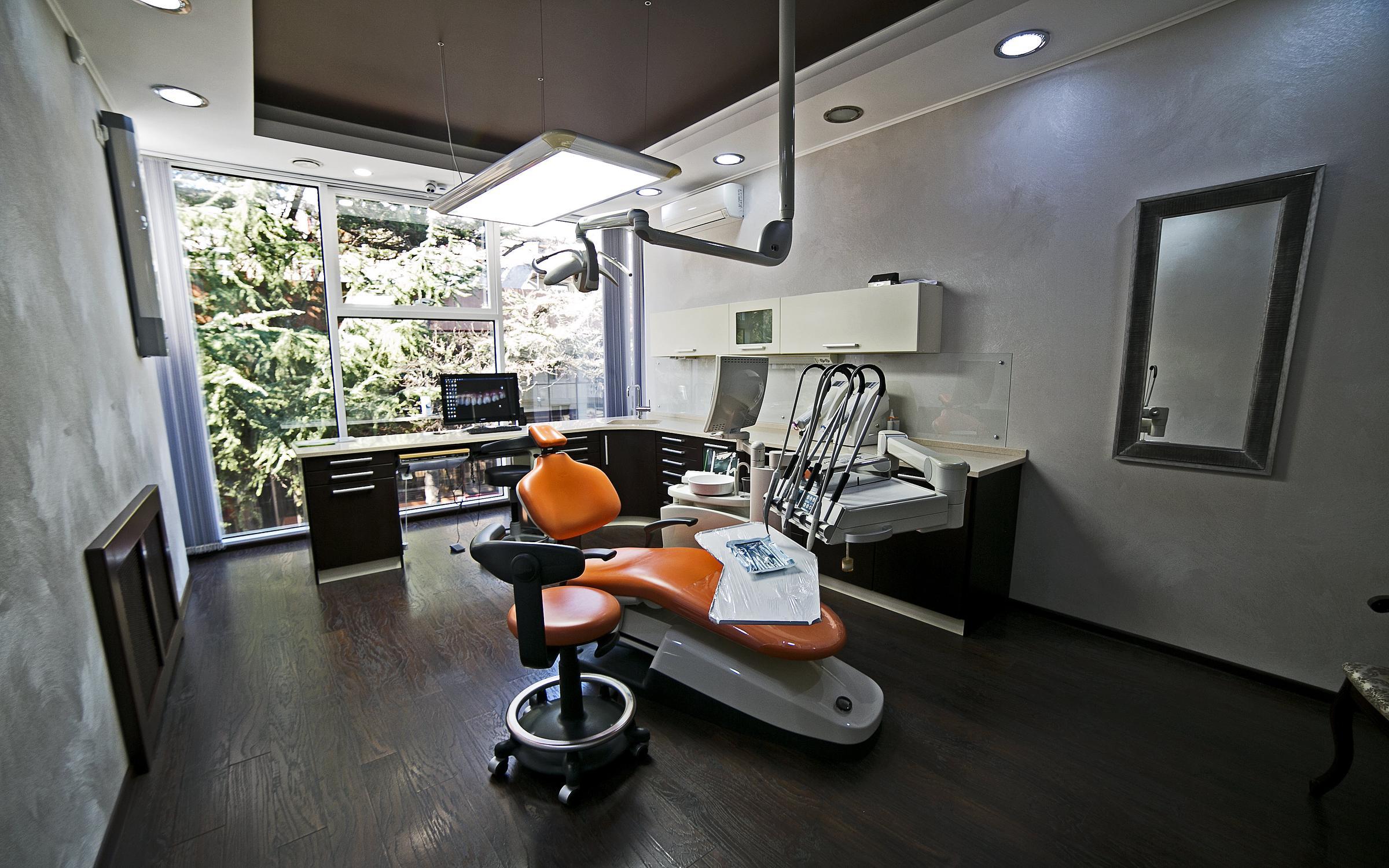 фотография Стоматологической клиники Медикус на Демократической улице