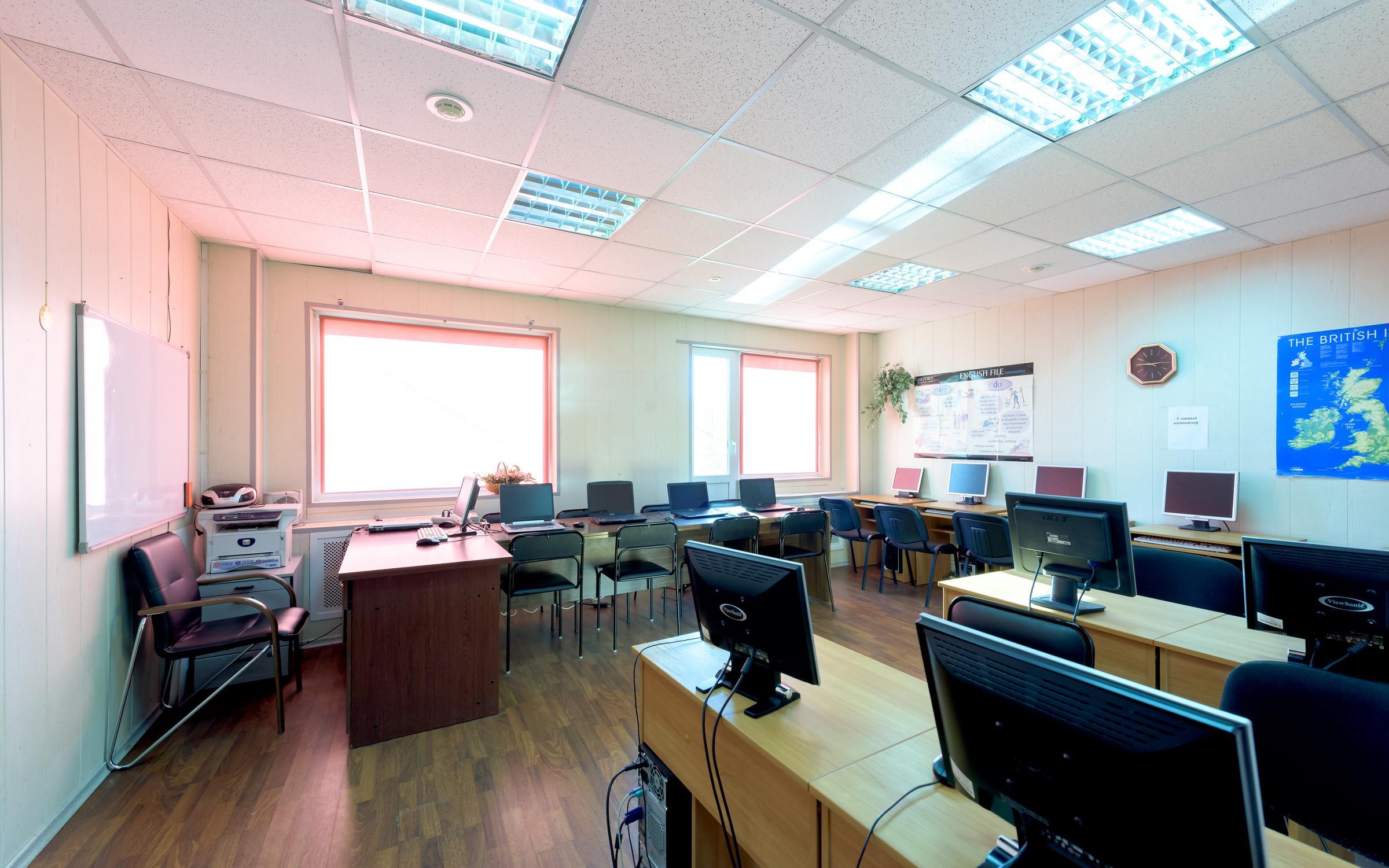 фотография Учебного центра Коннессанс на Индустриальном проспекте, 45а
