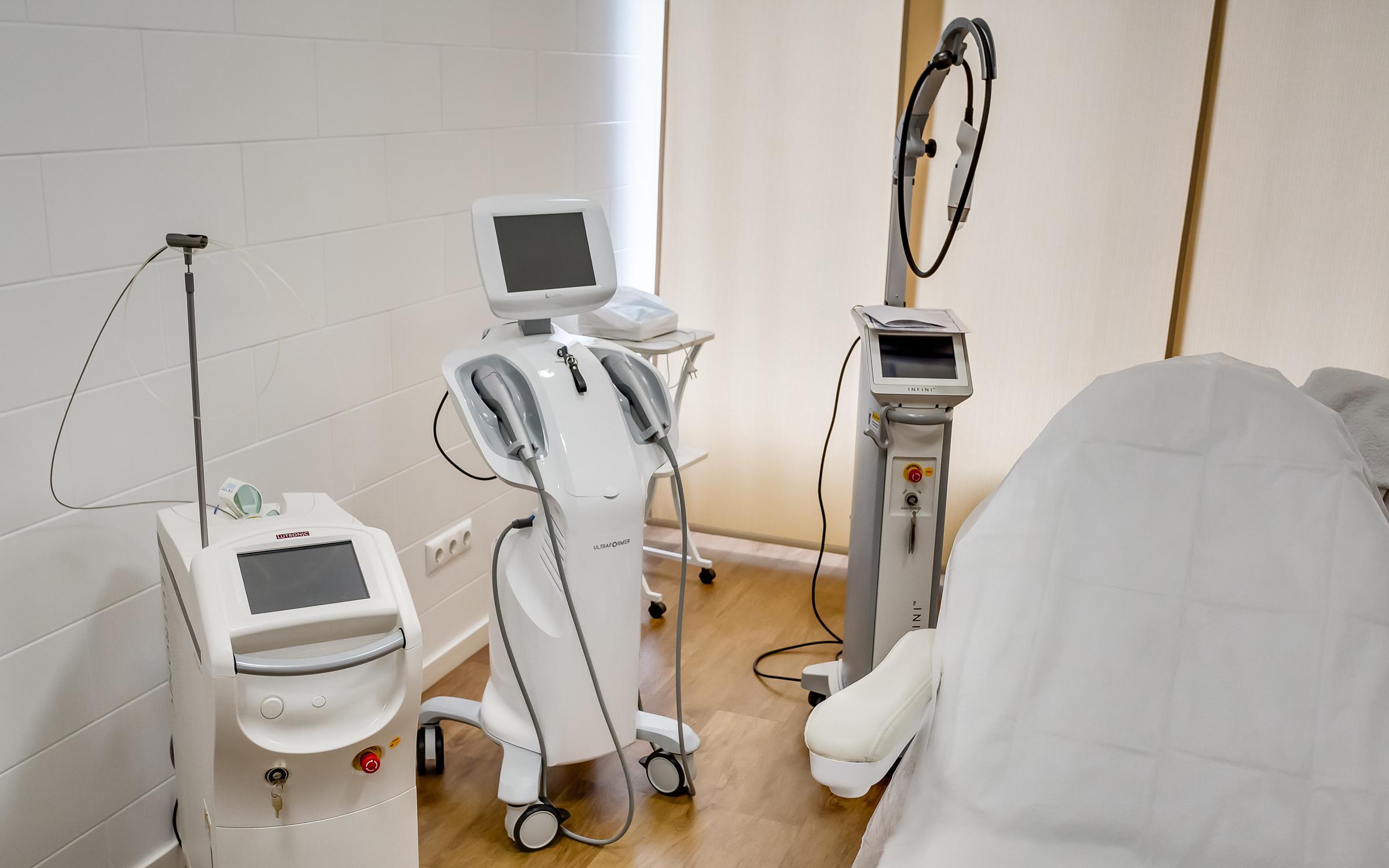 Диагностика и лечение артропатий при врожденных нарушениях.