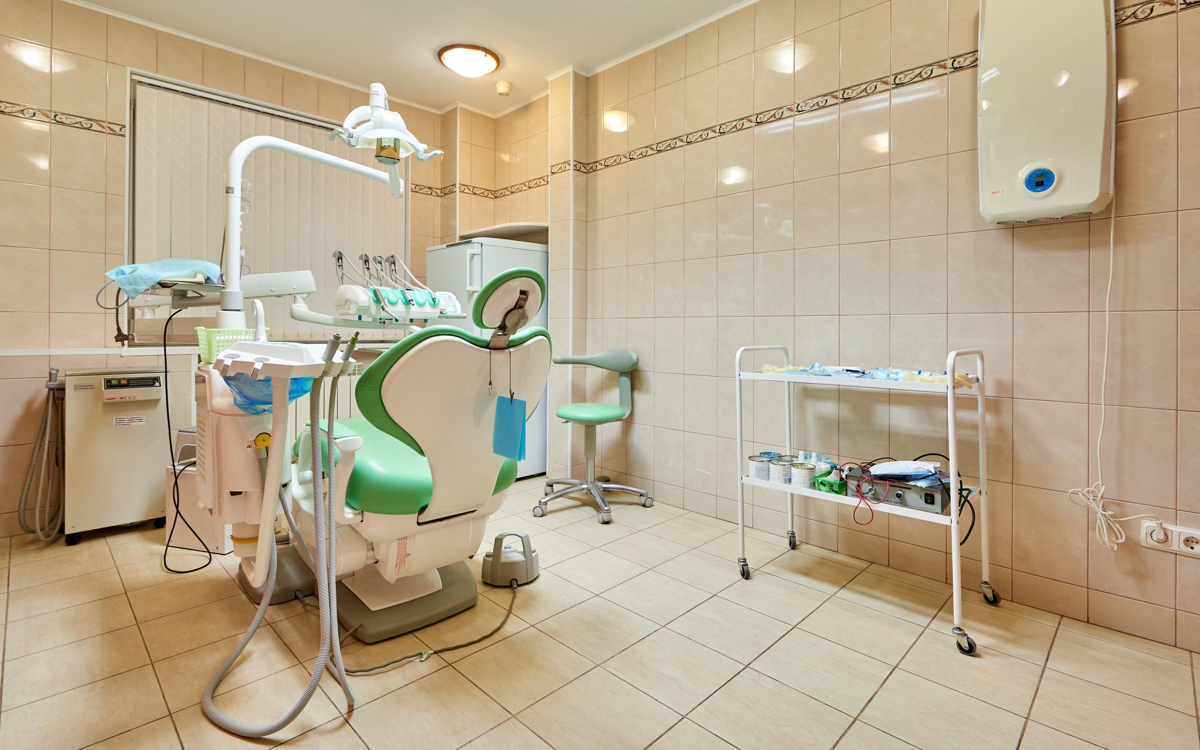 фотография Центра имплантации и стоматологии ИНТАН на проспекте Просвещения