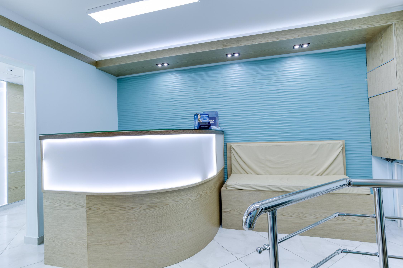 фотография Семейной стоматологии Дентея на метро Калужская