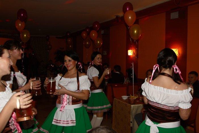 фотография Ресторана-пивоварни Три ступени на Еловой аллее