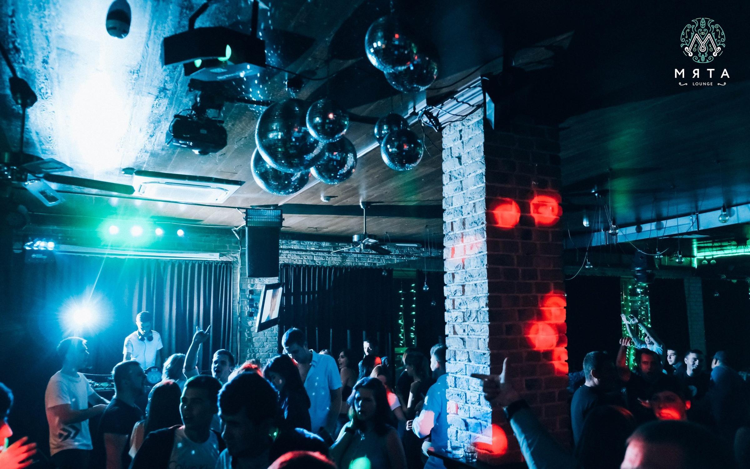 Клубы смоленска ночные работают в женский фитнес клуб в москве