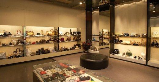 27cd56ce2d26 Обувной магазин no one в ТЦ Европейский - отзывы, фото, каталог товаров,  цены, телефон, адрес и как добраться - Одежда и обувь - Москва - Zoon.ru