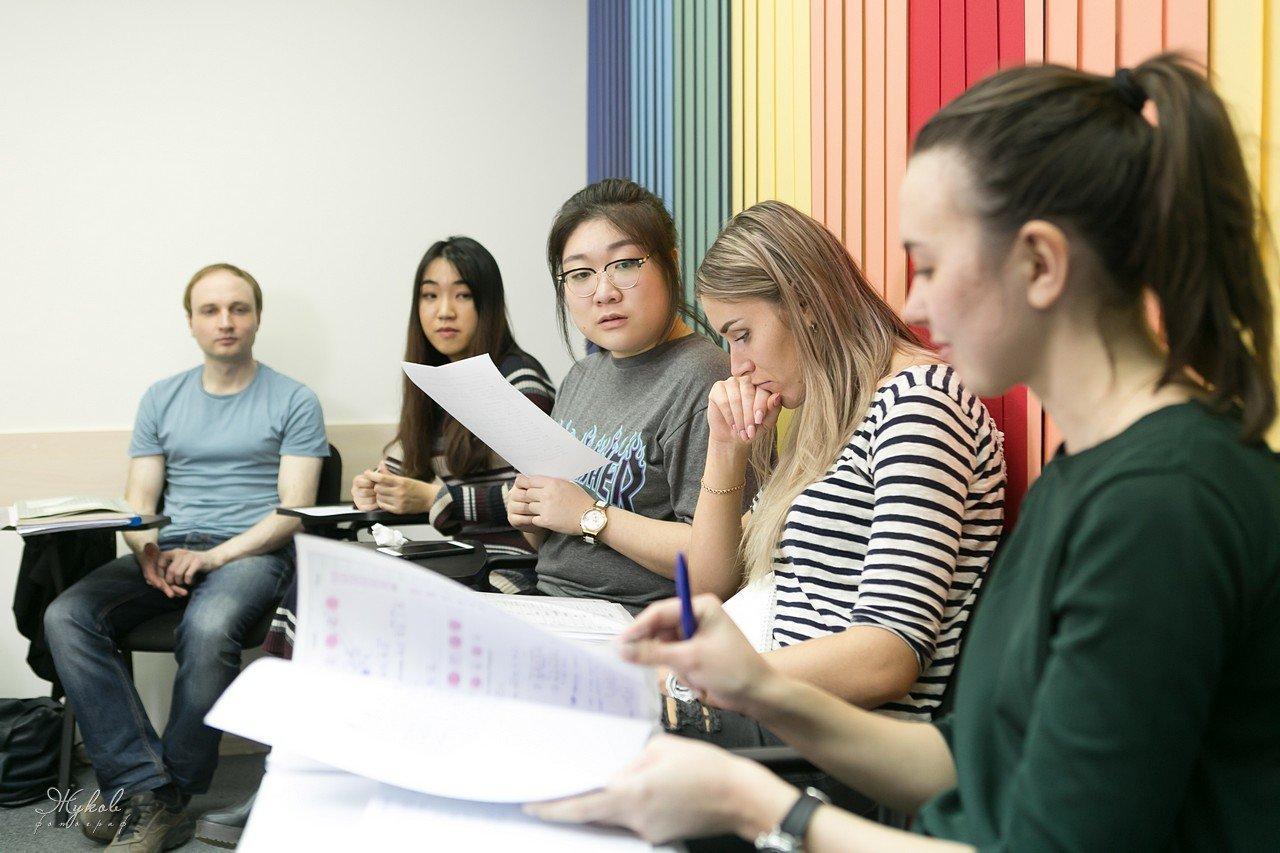 фотография Языковые разговорные курсы «The Language Lab» для детей и взрослых