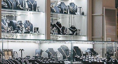 Магазин дизайнерской бижутерии Consuelo в Театральном проезде - отзывы,  фото, каталог товаров, цены, телефон, адрес и как добраться - Магазины -  Москва ... 75e9699a410