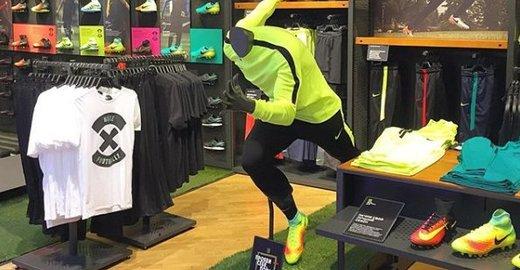 Фирменный магазин Nike в ТЦ Атриум - отзывы, фото, каталог товаров, цены,  телефон, адрес и как добраться - Одежда и обувь - Москва - Zoon.ru 05cf2af2296