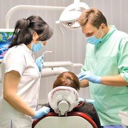 фотография Стоматологической клиники Империал на улице Драгоманова