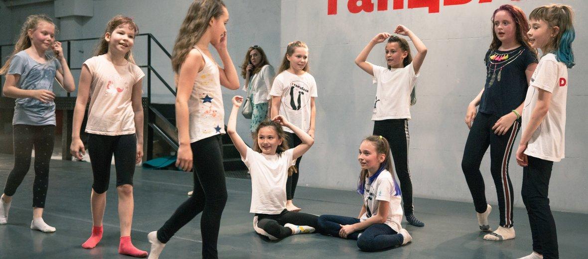 Фотогалерея - Школа танцев для взрослых и детей ТанцБАЗА на Ленинском проспекте